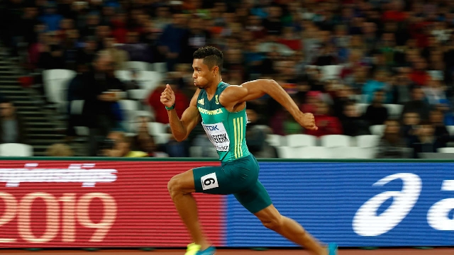 Van Niekerk wins on international return, says he 'almost forgot how to race'